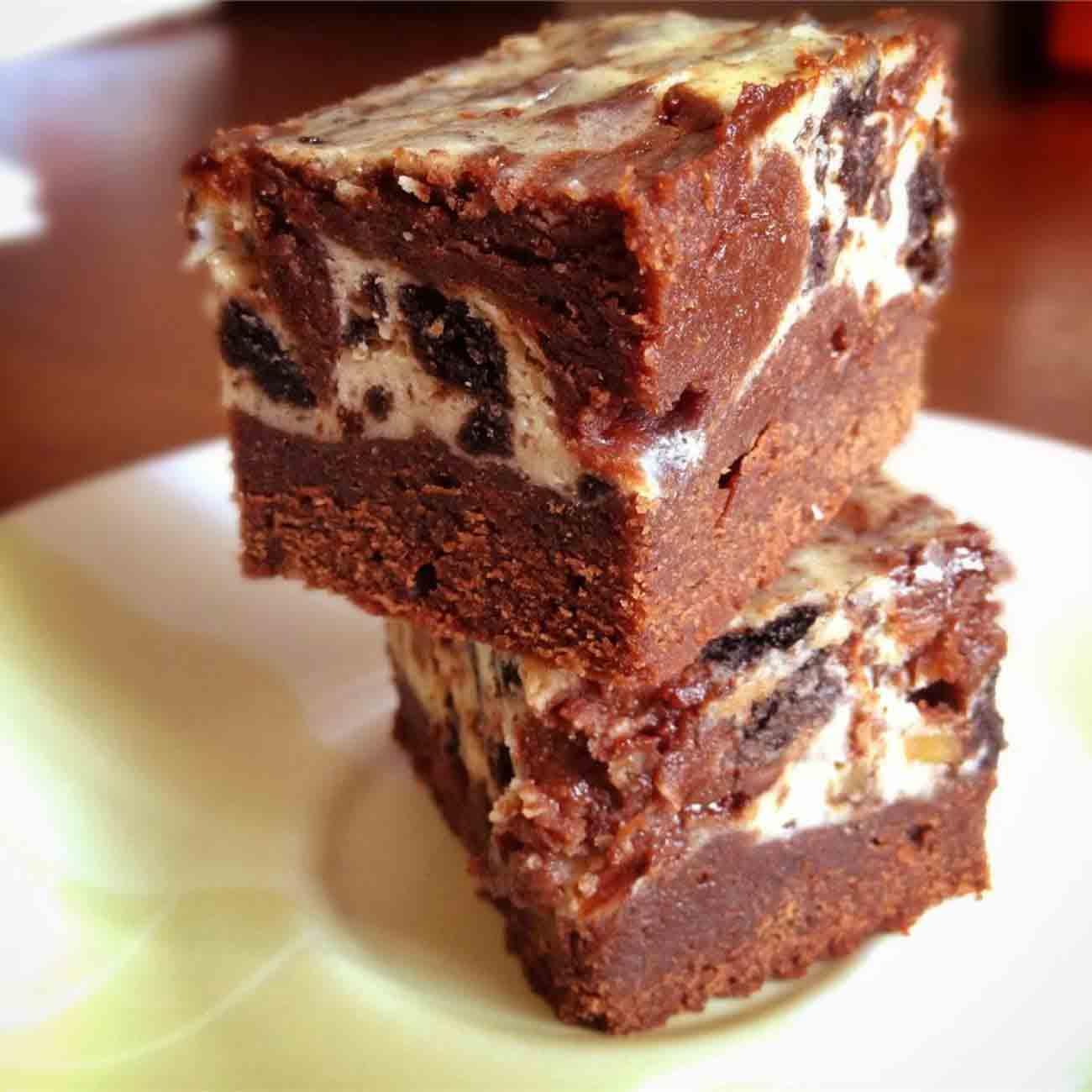 Chunky Cheesecake Brownies